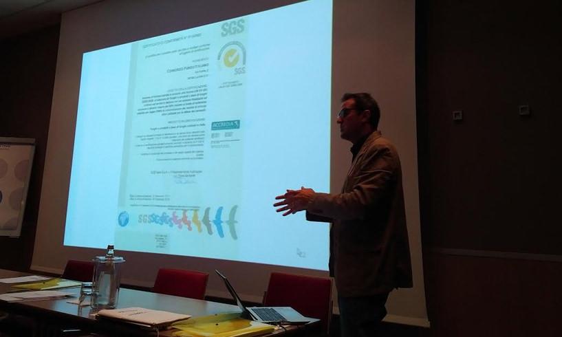 La presentazione del progetto all'AIF Associazione Italiana Fungicoltori