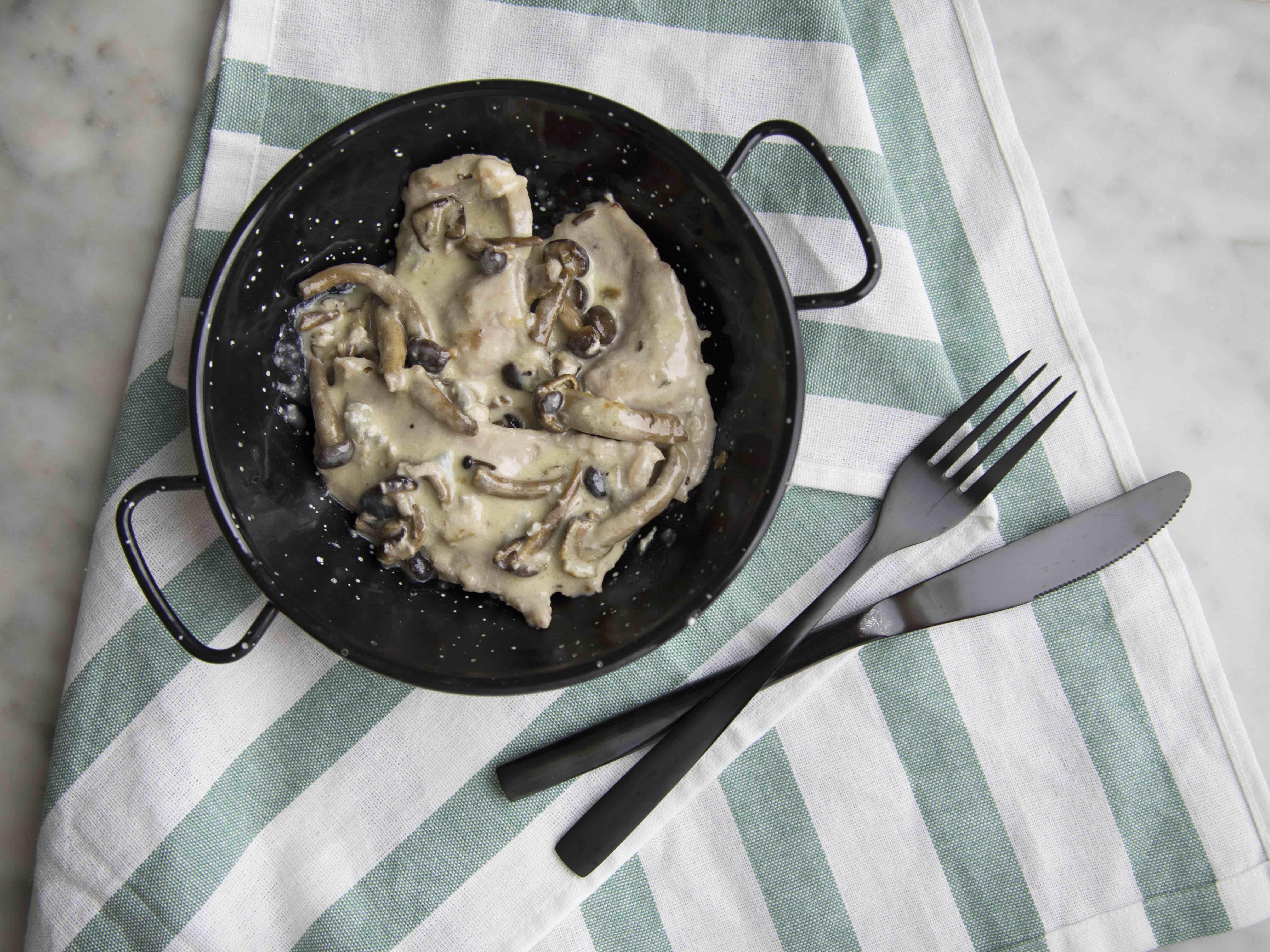 Straccetti di vitello ai funghi e gorgonzola