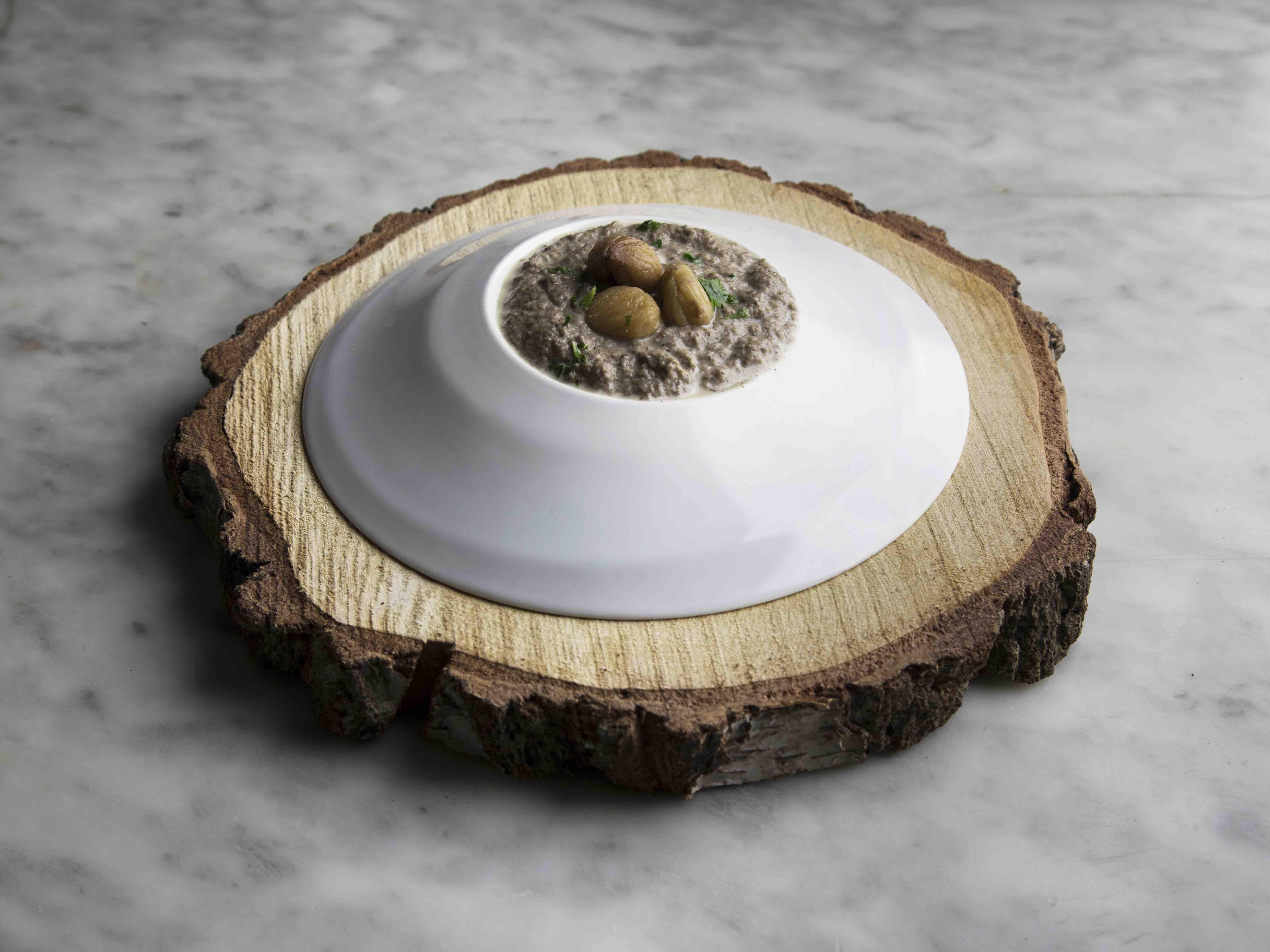 Crema di funghi vegan con castagne
