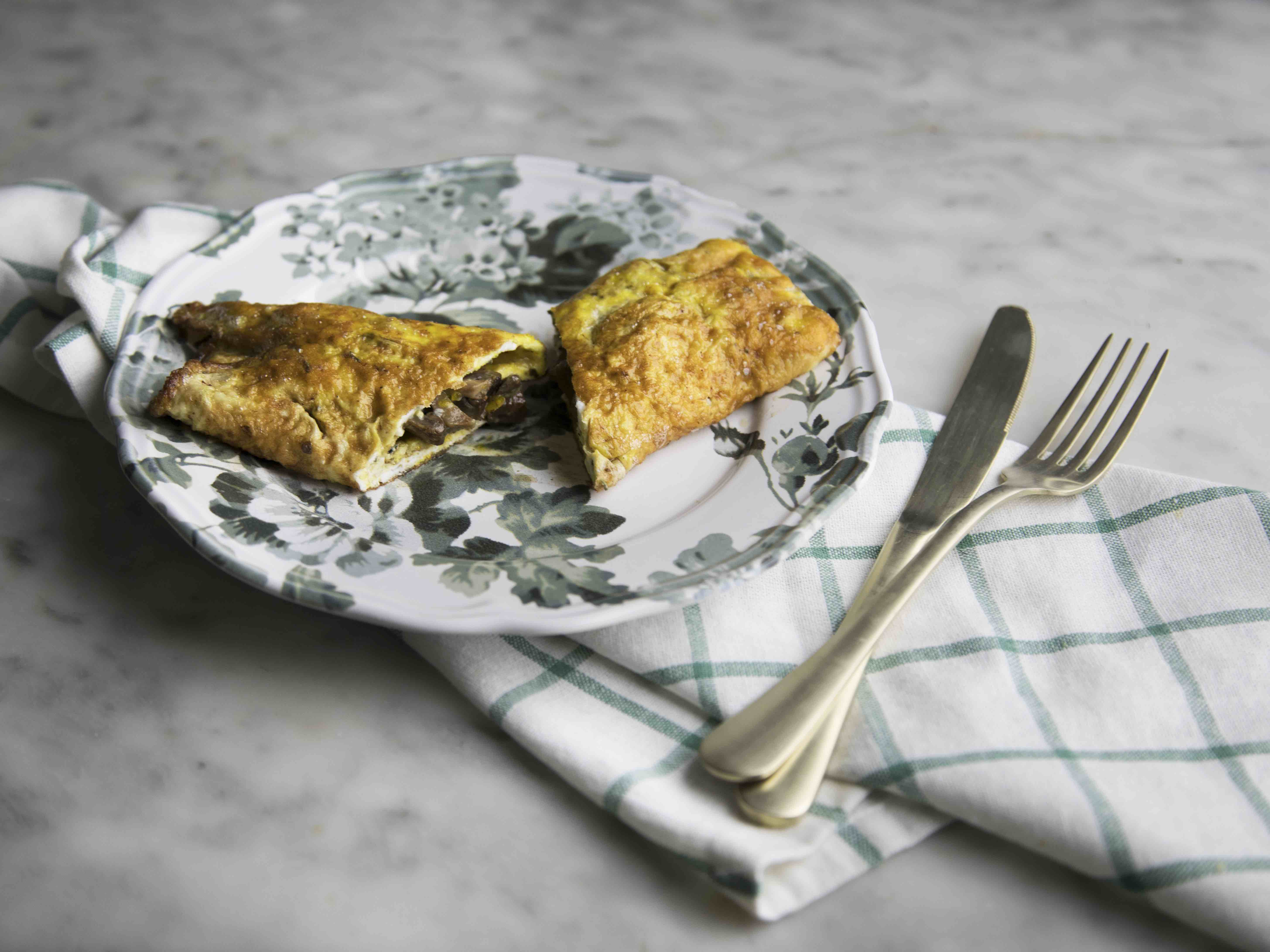 Omelette con sugo di funghi bianco al marsala
